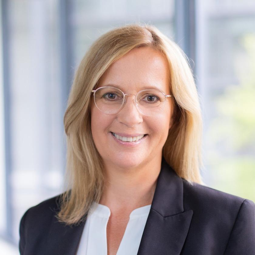 Portrait von Claudia Wergers, Rechtsfachwirtin bei der Wilmesmeyer & Cie. Rechtsanwaltsgesellschaft mbH