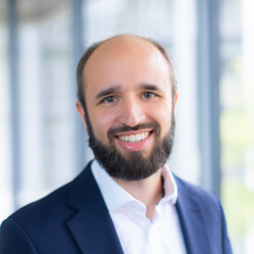 Portrait von Dominic Schmid-Domin, Rechtsanwalt der Wilmesmeyer & Cie. Rechtsanwaltsgesellschaft mbH