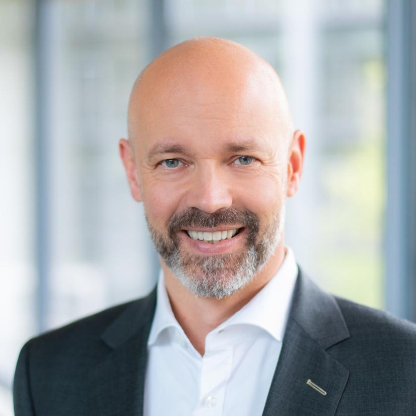 Portrait von Frank Wilmesmeyer, Rechtsanwalt, Gründer und geschäftsführender Gesellschafter der Wilmesmeyer & Cie. Rechtsanwaltsgesellschaft mbH